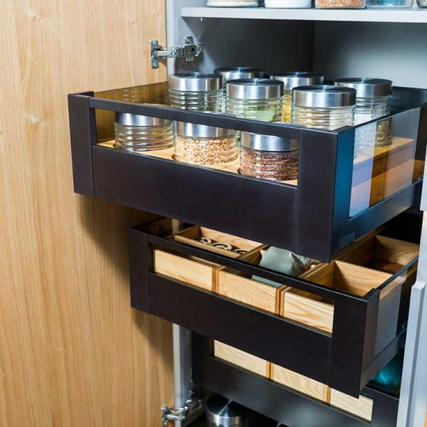 slide-out-pantry-extended-full-of-food (607213127)